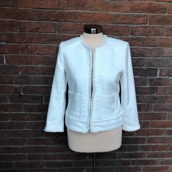 Ann Taylor classic white blazer front zip, 6P